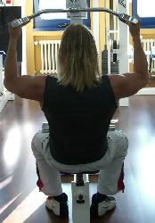Übung: zur Brust