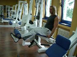Übung: Beinstrecker einbeinig